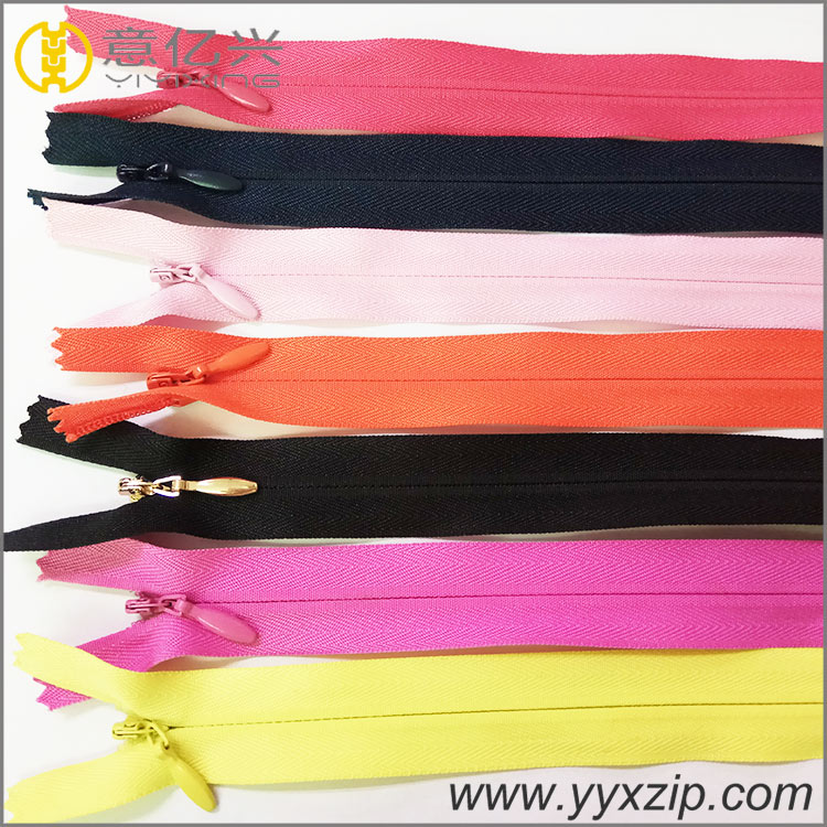 hot sale 3# nylon zipper in rolls long chain invisible zipper for lace tape home