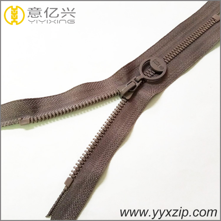 good quality fashion design derlin molded plastic zipper