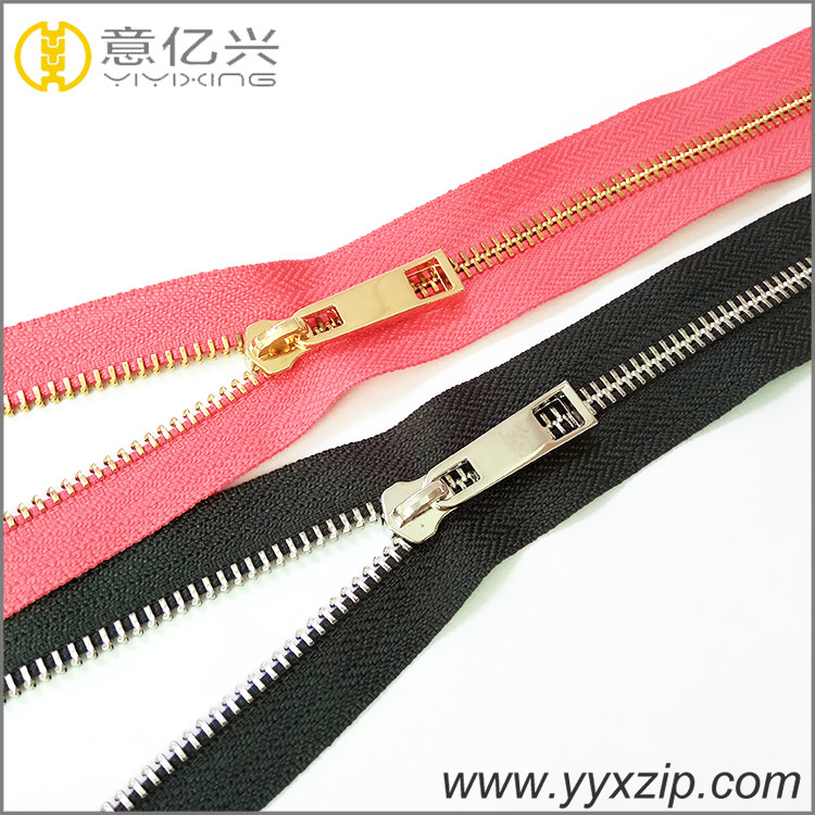 Clothing custom shiny gold and silver zipper manufacturer long chain roll metal