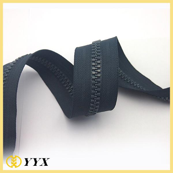 long chain plastic resin coating color zipper jeans zipper fashion zipper