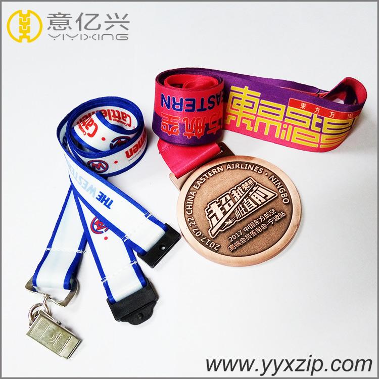 Fashion customized exhibition lanyard badge holder lanyard