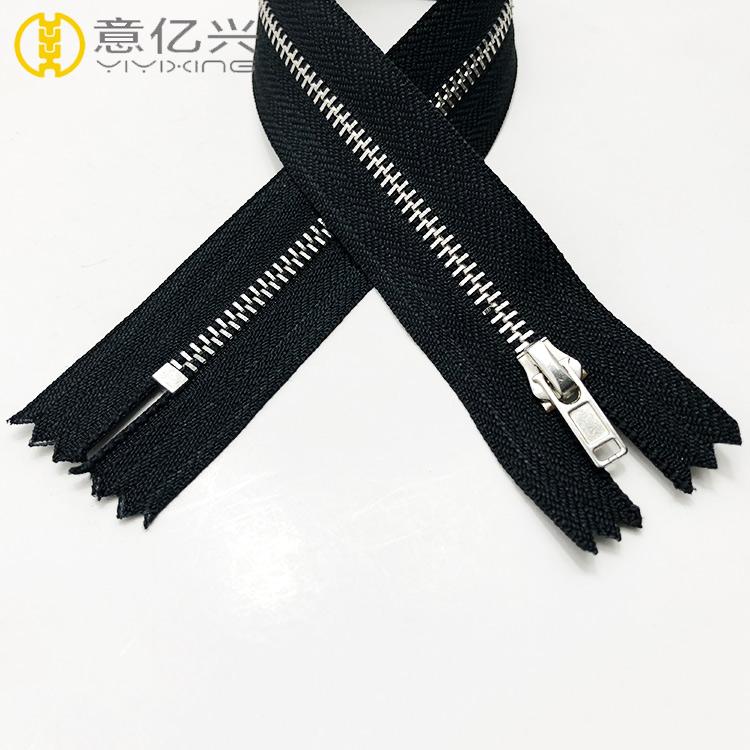 High quality #5 silver metallic zipper, metal zipper for fashion dress