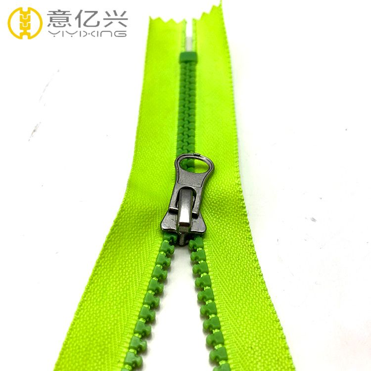 Good Quality 8# Close end Plastic Waterproof Zipper for Bags